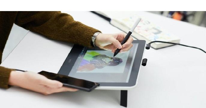 قلم و مانیتور طراحی وکام وان